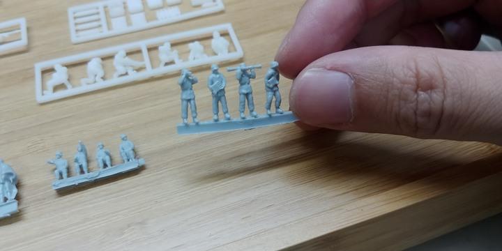 1/144長腳湯姆 軍武模型