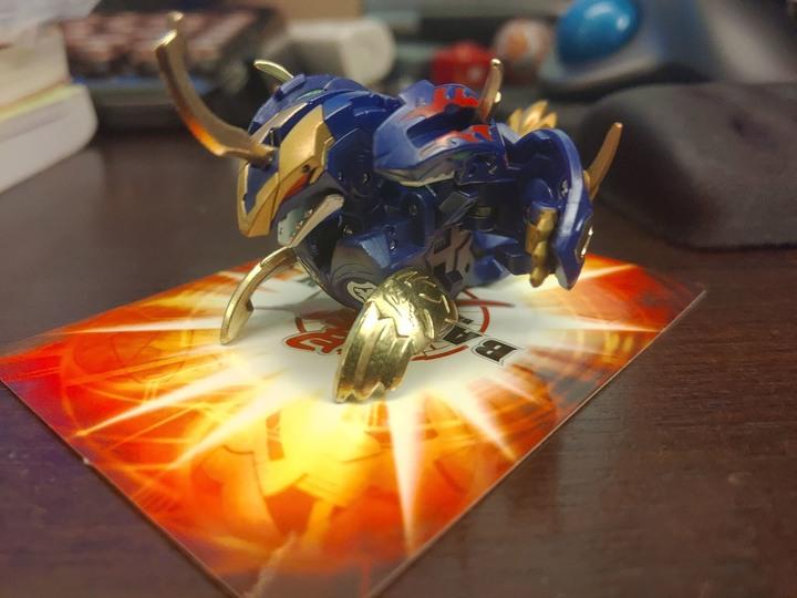 【開箱】最重八金屬!爆丸三頭滅龍